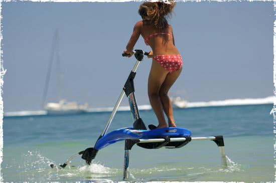 Pumpabike : voler à 30 km/h sur l'eau !?