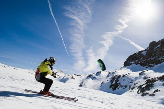 Snowkite Alpes d'Huez : école de snow kite