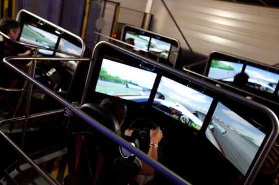 Simulateur de pilotage (F1, voiture rallye ou hélicoptère) dans la Drôme