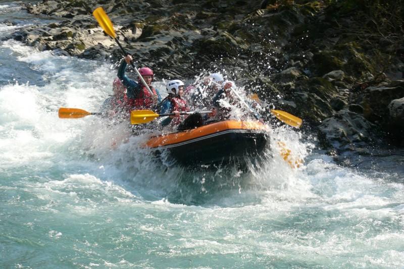 Rafting sur un torrent du massif des Aravis